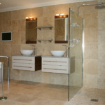 Trawertyn łazienka