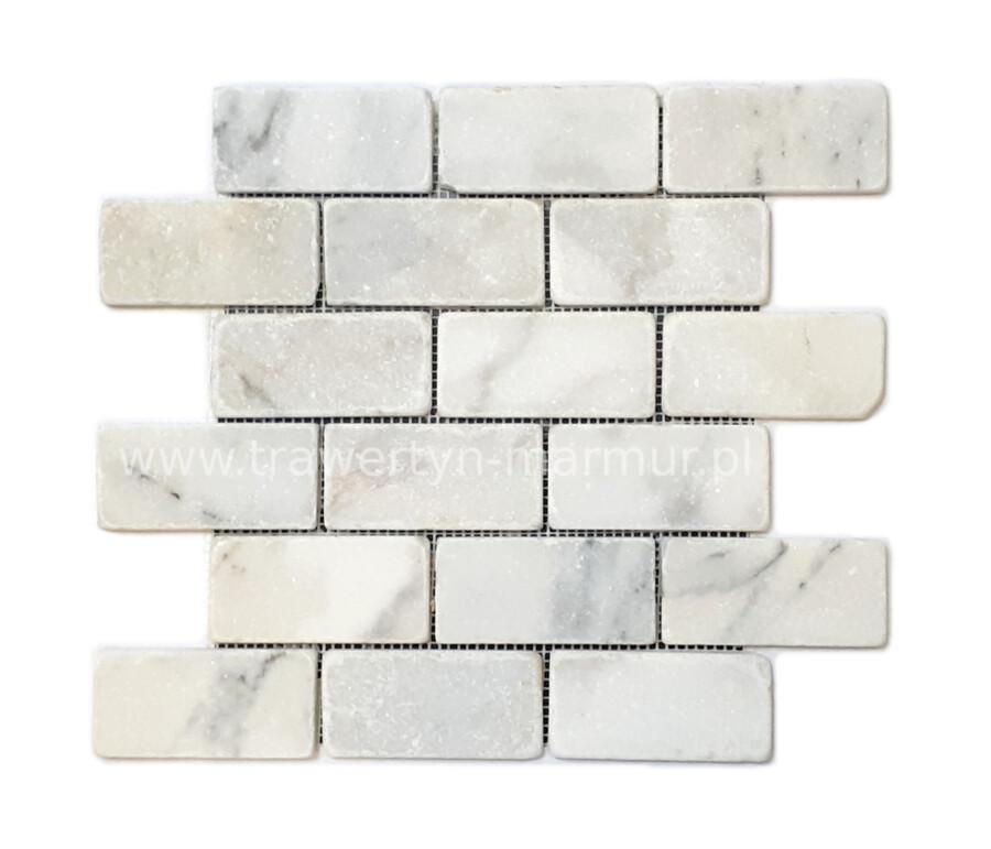 Mozaika marmurowa Calacatta Tumbled 5cm x 10cm