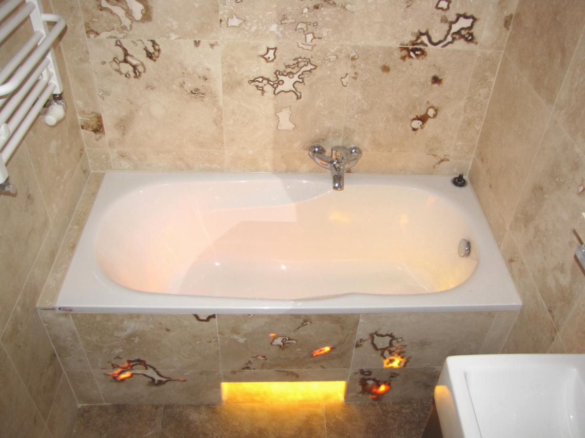 Jak zaprojektować małą łazienkę w wielkim stylu?