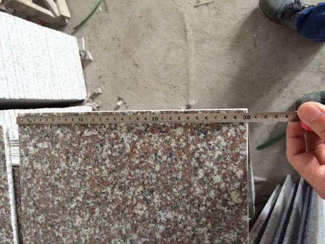 Płytki granitowe Misty Brown G664 30cm x 60cm x 1cm