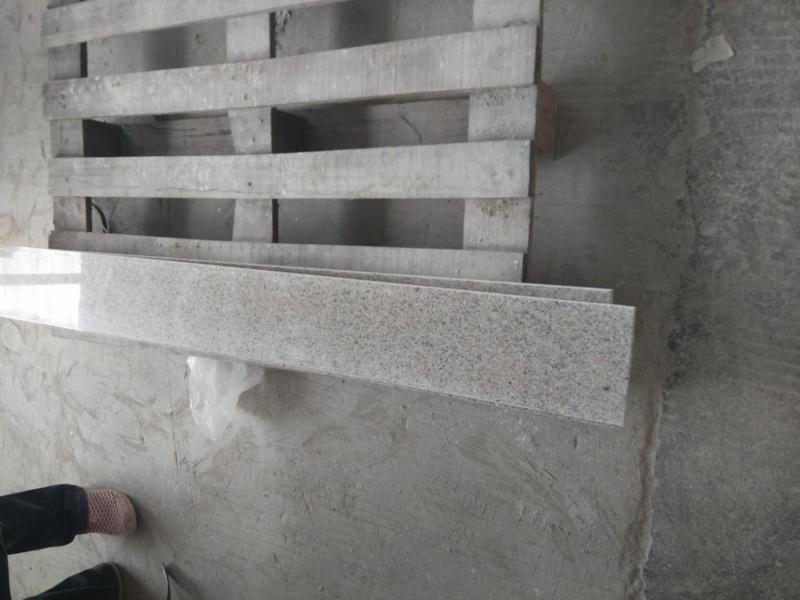 Podstopnica schodowa granit Shrimp Red G681 polerowana 150cm x 15cm x 2cm
