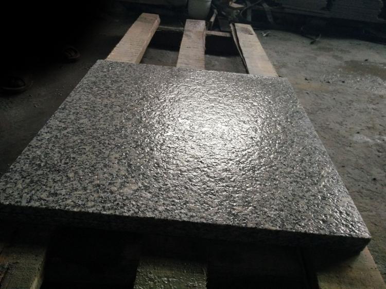 Płytki granitowe Grey Light G602 40cm x 40cm x 3cm płomieniowane
