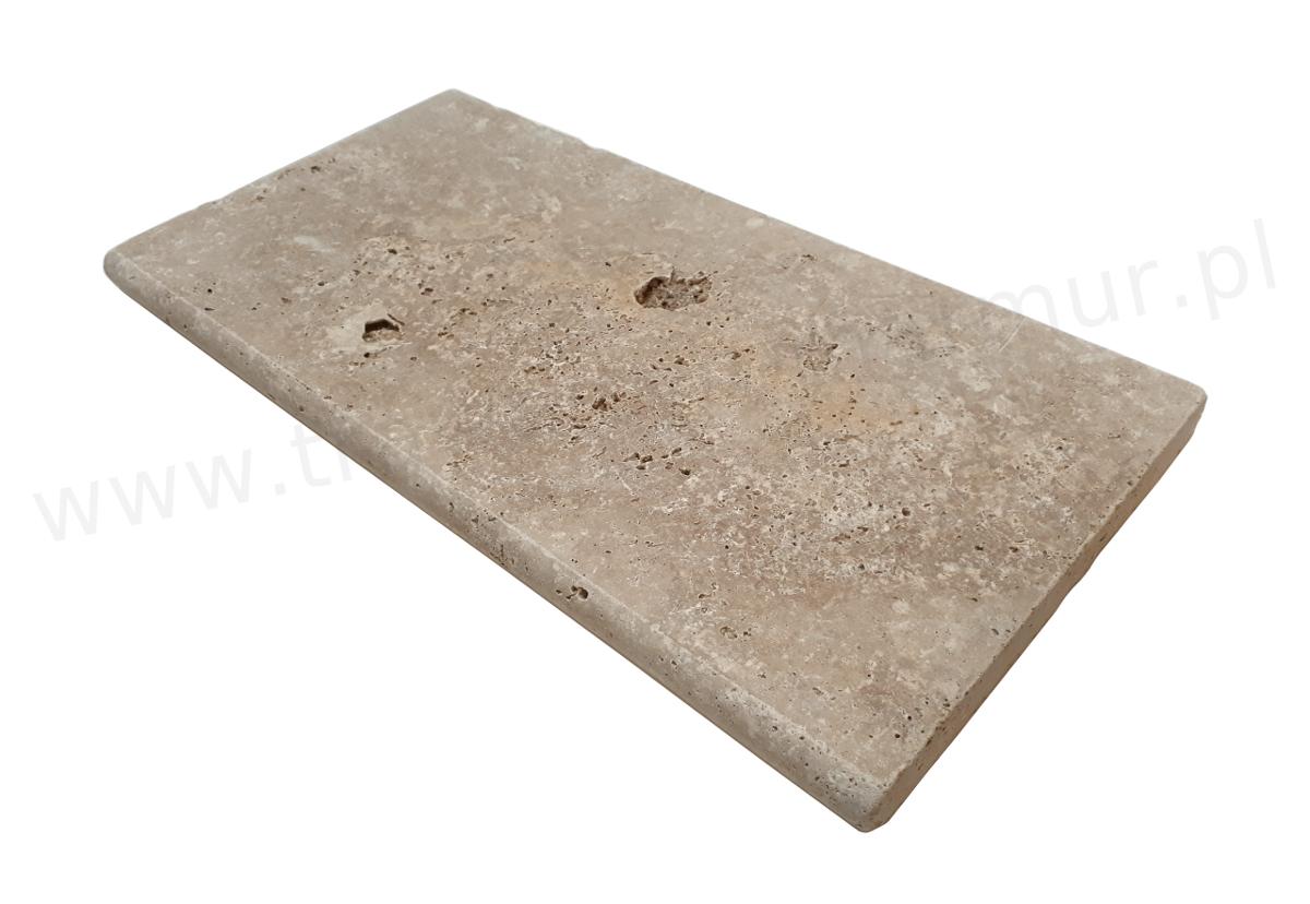 Stopnica schodowa (parapet) trawertyn Ivory Antique Trep UF/H 30,5cm x 61cm x 3cm